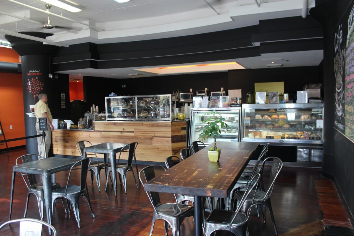 Waterfront Gourmet 3131 Wanut